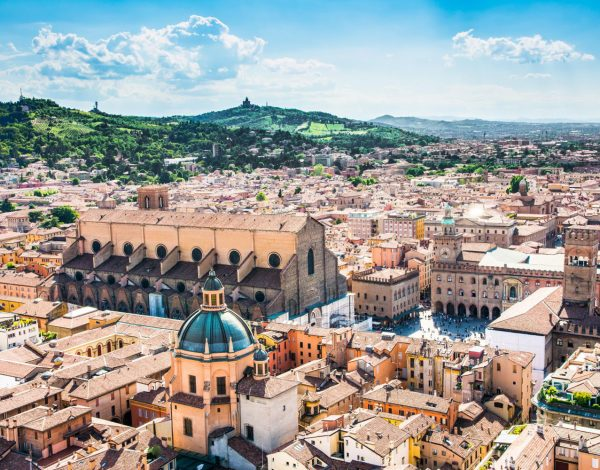 City Break in Bologna la 89 euro/p (zbor direct + 3 nopti de cazare)