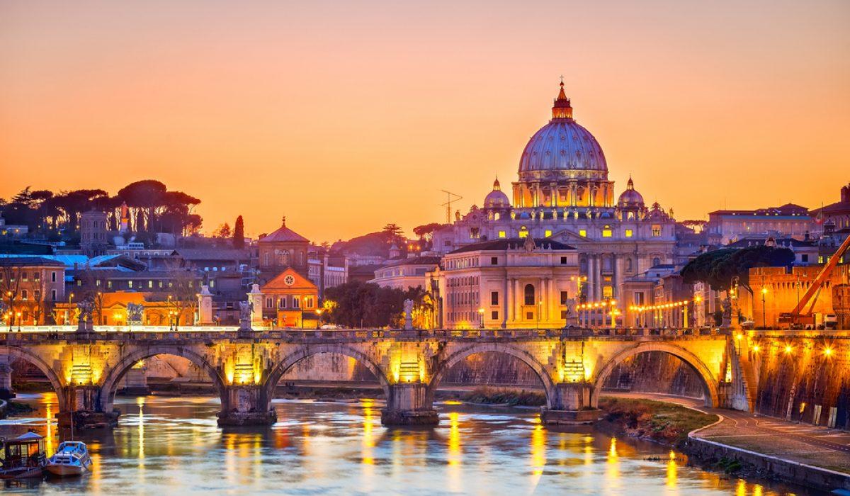 Oferta Paste la Roma la 130 euro/p (zbor + 3 nopti de cazare la hotel de 4*)