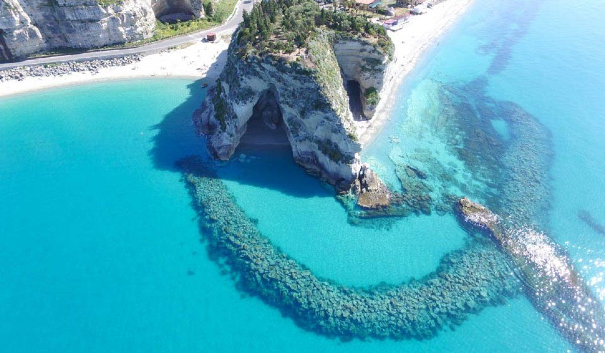Vacanta in Calabria la 175 euro/p (zbor + 7 nopti de cazare)