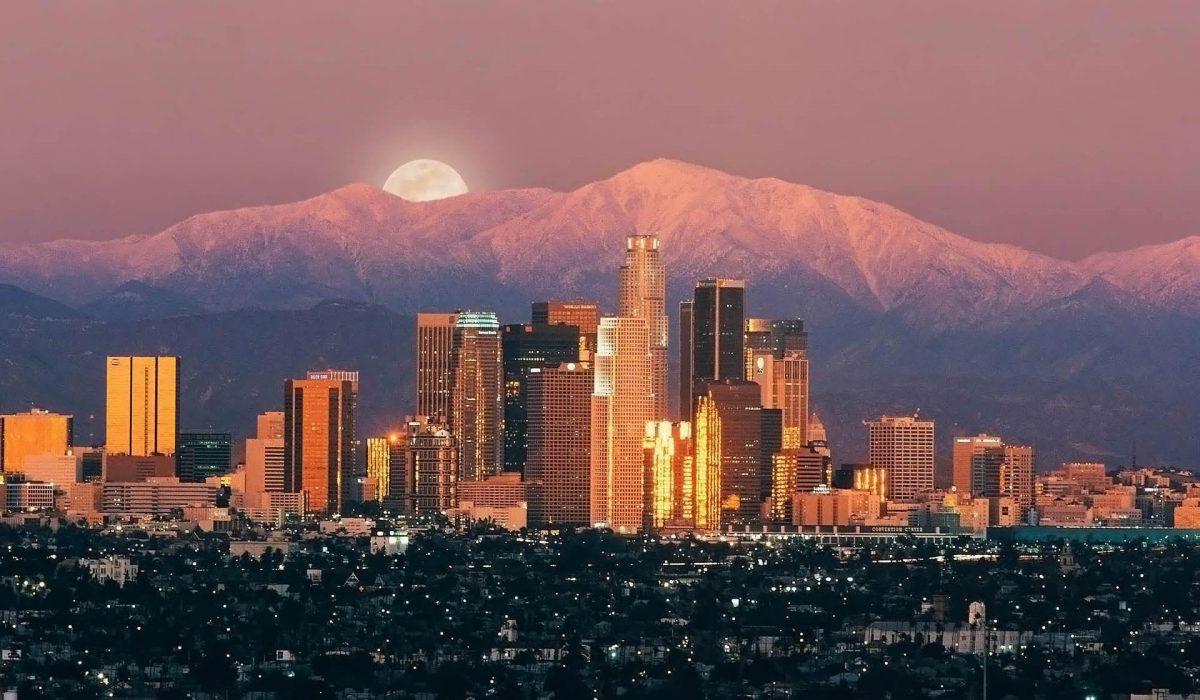 Zboruri ieftine din Bucuresti catre Los Angeles la doar 413 euro/p