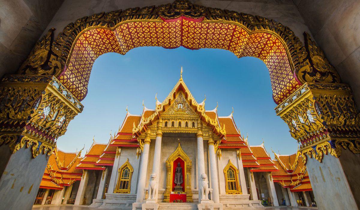 Zboruri combinate ieftine catre Bangkok (la 415 euro/p)