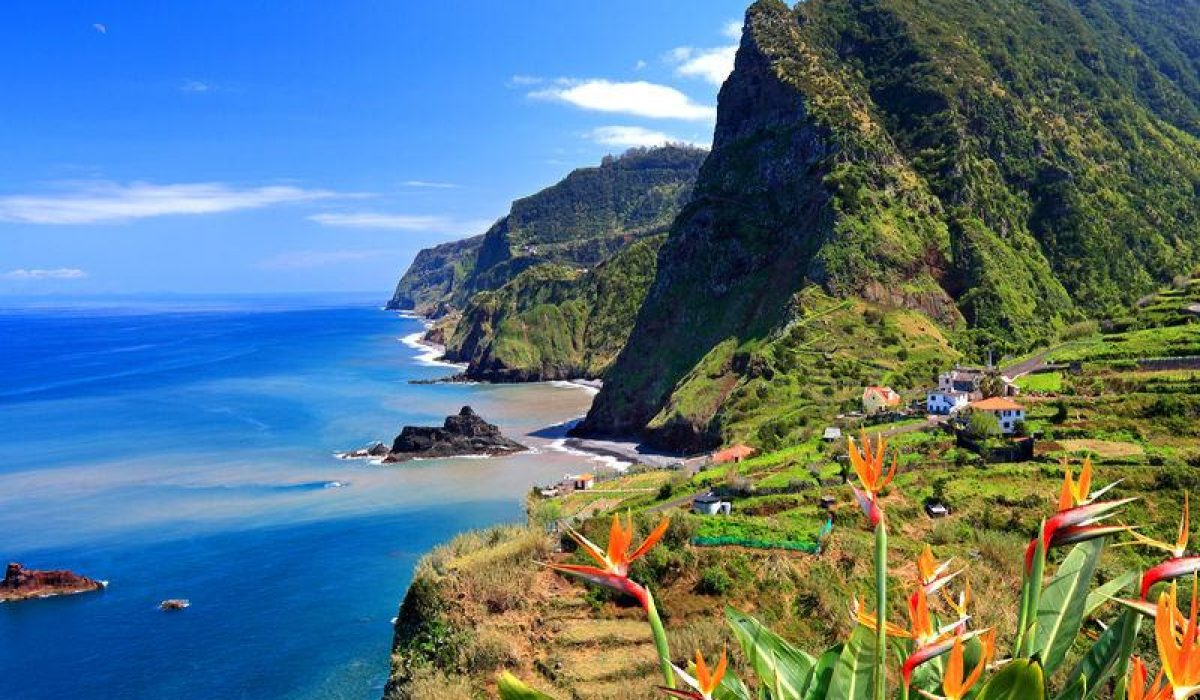 Valentine's Day in Madeira la doar 276 euro/p (zboruri + 9 nopti de cazare)