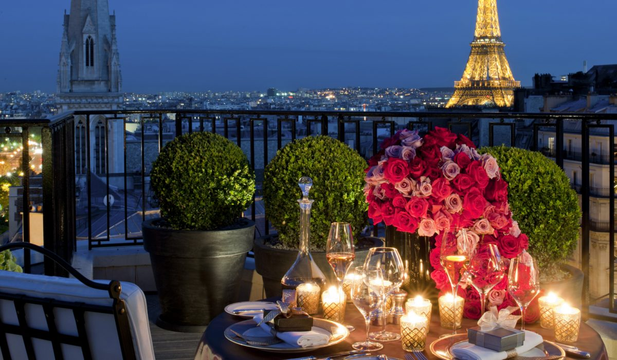 Last Minute: Valentine's Day la Paris cu doar 137 euro/p (zbor + 3 nopti de cazare)