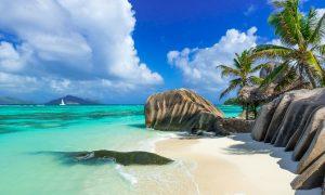 Vacanta in Seycheless la 780 euro/p (zboruri + 5 nopti de cazare)
