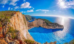 Vacanta in Zakynthos la 239 euro/p (zbor + 7 nopti de cazare)