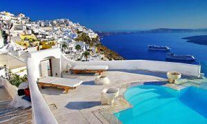 Vacanta in Santorini la 192 euro/p (zboruri + 7 nopti de cazare)