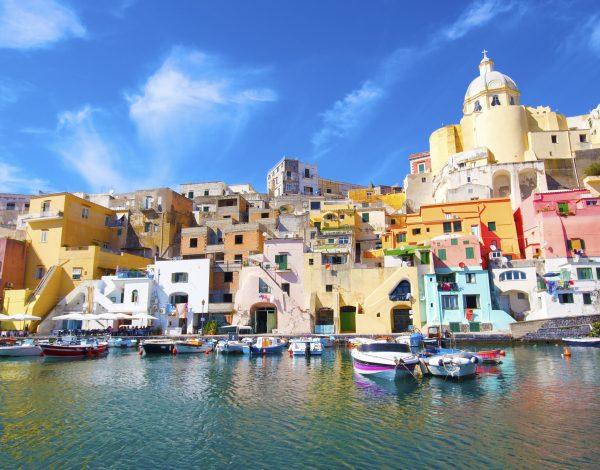 Weekend prelungit in Napoli la 87 euro/p (zbor direct + 3 nopti de cazare)