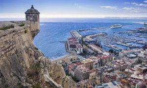 City Break in Alicante la 160 euro/p (zbor direct + 3 nopti de cazare)