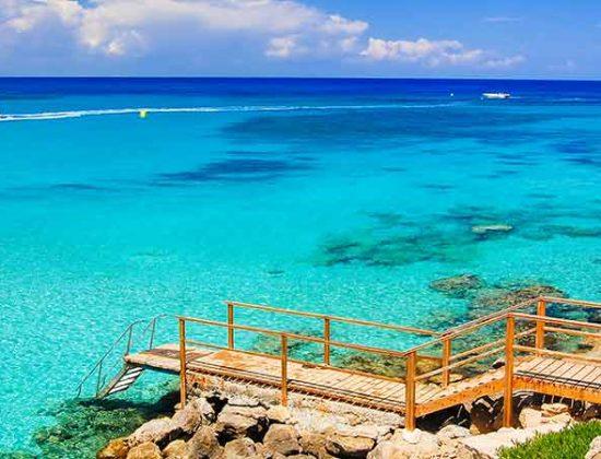 Vacanta in Cipru la 185 euro/p (zbor direct + 7 nopti de cazare)