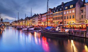 Mini vacanta in Copenhaga la 184 euro/p (zbor direct + 2 nopti de cazare)