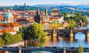Vacanta in Praga la 105 euro/p (zbor + 4 nopti de cazare + mic dejun)