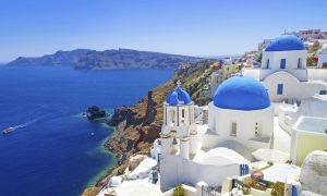 Vacanta in Santorini la 185 euro/p (zbor + 4 nopti de cazare)