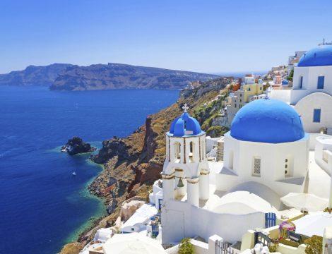 Vacanta in Santorini la 208 euro/p (zbor + 7 nopti de cazare)